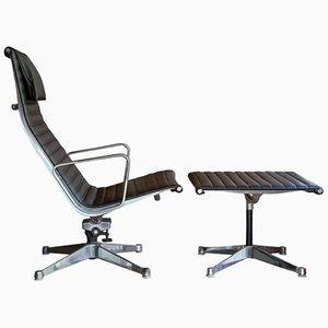 Juego de silla y otomana de Ray & Charles Eames para Herman Miller, años 70