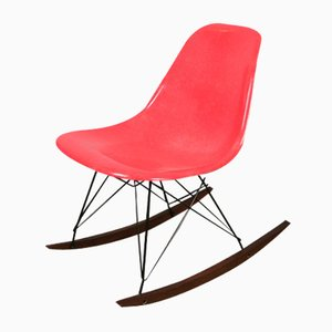 Rocking Chair Vintage Rouge par Charles et Ray Eames pour Herman Miller