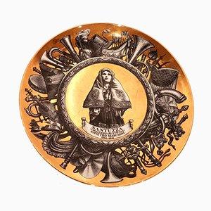 Dekorativer Vergoldeter Vintage Tonwaren Teller von Piero Fornasetti