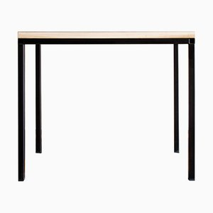 Table T02 par Simone De Stasio pour RcK Design