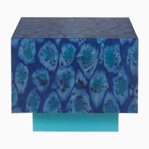 Tavolo Cube Peacock blu dalla collezione Oasis di LLOT LLOV