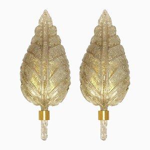 Apliques de pared grandes de cristal de Murano dorado de Barovier & Toso, años 60. Juego de 2