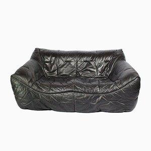 Sofá de dos plazas vintage de cuero negro de Hans Hopfer para Roche Bobois