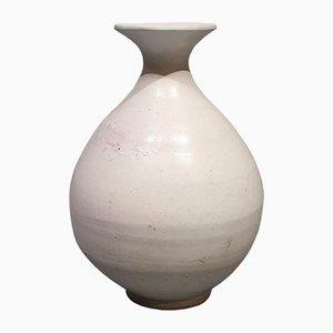 Vaso Mid-Century bianco di Svend Hammershoj per Kähler, anni '40