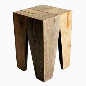 Sgabello in legno riciclato di Marco Caliandro