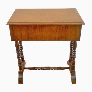 Mesa de costura antigua, década de 1890
