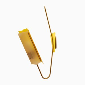 Große Gelbe Verstellbare Mid-Century Plexiglas Wandlampe