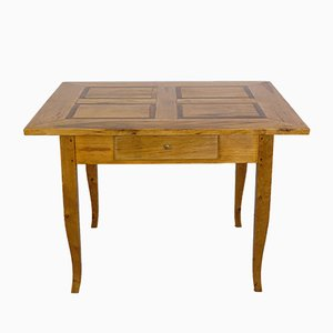 Tavolo da pranzo Biedermeier in legno d'acero, inizio XIX secolo