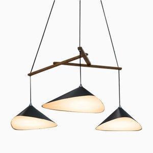 Lámpara colgante Emily formada por un grupo de tres luces semi mate de Daniel Becker