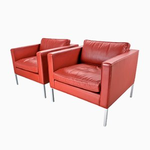 Vintage C905 Stone Red Leather Lounge Chairs by Kho Liang Ie for Artifort, Set of 2