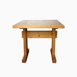 Tavolo quadrato Les Arcs vintage in legno di pino di Charlotte Perriand, anni '60