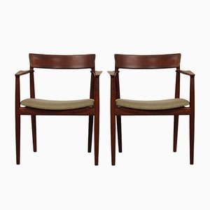 Armchairs in Walnut by Henry Rosengren Hansen for Brande Møbelindustri, 1960s, Set of 2