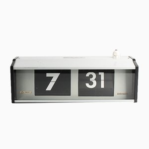 Horloge IPJ0612 Flip Industrielle de Pragotron, 1980s