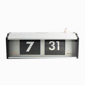 Industrielle IPJ0612 Flip Uhr von Pragotron, 1980er