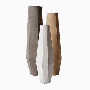 Jarrones Marchigue de concreto blanco, gris y beige de Stefano Pugliese para Crea Concrete Design. Juego de 3