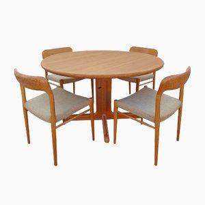 Dänischer Eichenholz Esstisch und Stühle von Niels Otto Møller, 1960er