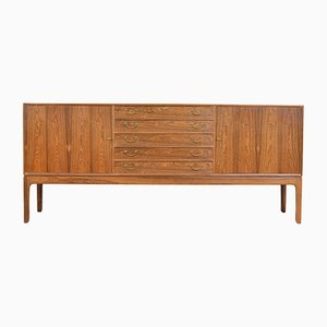 Credenza in palissandro di Ole Wanscher per A. J. Iversen, 1948