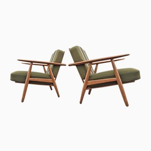 Oak Cigar Easy Chairs by Hans Jørgen Wegner for Getama, 1950s, Set of 2