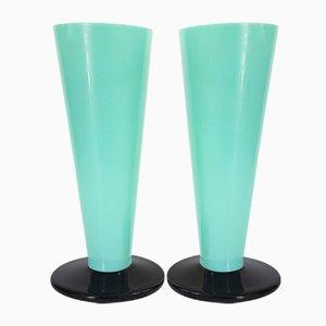 Art Déco Vasen aus Schwarzem und Grünen Opalglas, 1920er, 2er Set