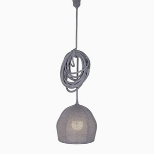 Lampada Ray Mouse in lana Merino grigia di LLOT LLOV