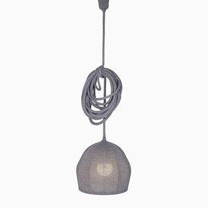 Lámpara Ray Mouse de punto de lana merino en gris de LLOT LLOV