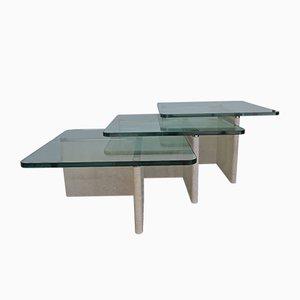 Tavoli ad incastro in travertino, ottone e vetro, anni '70