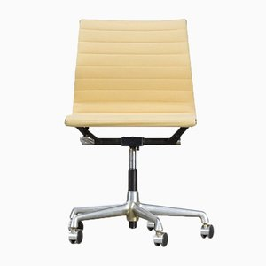 EA118 Office Chair by Charles & Ray Eames for Herman Miller, 1970s