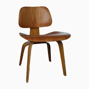 DCW Mahagony Chair by Charles & Ray Eames for Herman Miller, 1940s
