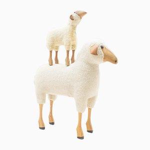 Conjunto de taburete y reposapiés en forma de oveja, años 60