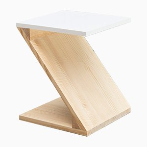 Model Zoo Basic_White Nesting Table by Mayice