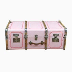 Baúl vintage en rosa