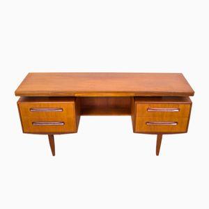 Fresco Teak Schreibtisch von Victor Wilkins für G-Plan, 1960er