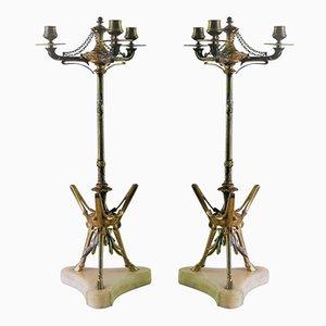 Candelabros antiguos de bronce con tres luces de Victor Paillard. Juego de 2
