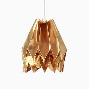 Lampada color oro a forma di origami di Orikomi
