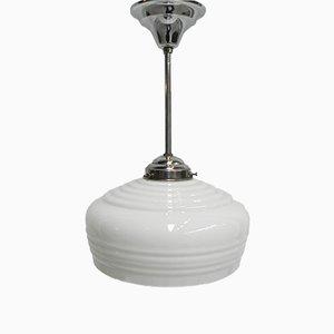 Art Déco Hängelampe mit weißer Leuchte aus Glas