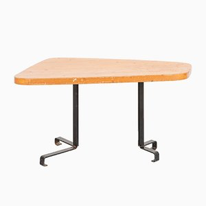 Mesa estilo libre de Charlotte Perriand, años 60