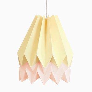 PLUS Pale Yellow Origami Lampe mit Streifen in Pastel Pink von Orikomi
