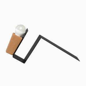 Glint 1 Tischlampe mit schwarzem Gestell und gelbem Textilkabel von Mendes Macedo für Galula