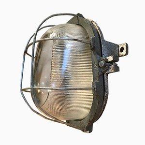 Lámpara de pared industrial vintage de hierro fundido