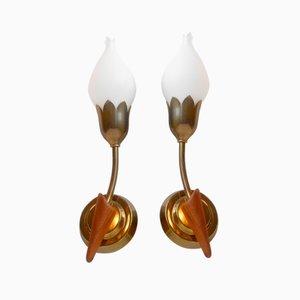 Dänische Messing, Teak & Opalglas Tulip Wandlampen von Fog & Mørup, 1940er, 2er Set