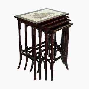 Tavolini impilabili Art Nouveau di Thonet, inizio XX secolo