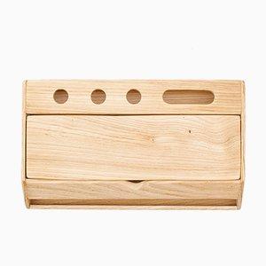 Accessorio da scrivania fatto a mano in legno di Rafael Fernández per OITENTA