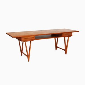 Mid-Century Teak Coffee Table by E. W. Bach for Toften Møbelfabrik