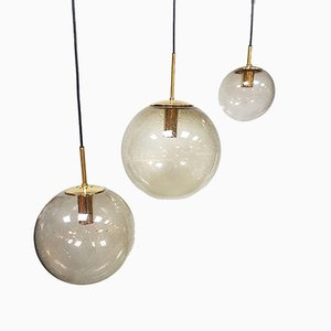 Lampada a sospensione vintage sferica in ottone di Glashütte Limburg