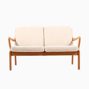 Mid-Century Dänische 2-Sitzer Solid Teak Sofa