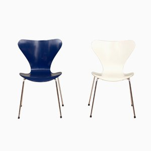 3107 Chairs by Arne Jacobsen for Fritz Hansen, 1980s, Set of 2