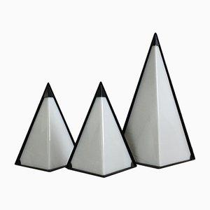 Lámparas Pyramid Mid-Century de perspex. Juego de 3