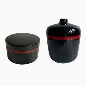 Schwarz und rot lackiertes Bakelit Geschirr Set von Chabrières et Cie, 1970er, 2er Set