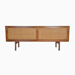 Sideboard von Hans Wegner für Ry Mobler, 1958