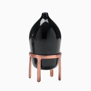 Lampada ad olio Aether in ceramica nera di Jaime Hayon per Paola C.